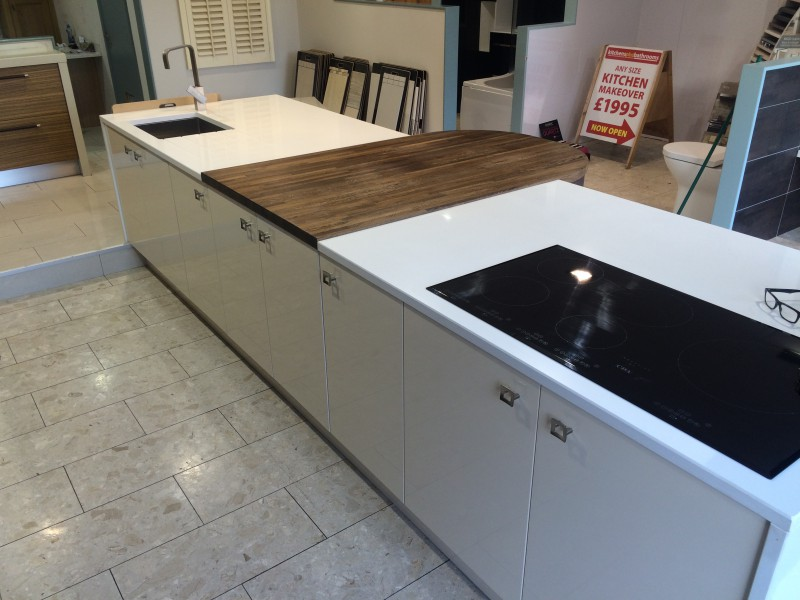 kitchen island with hob and sink kitchen island with built in sink grievesons auctioneers 9438